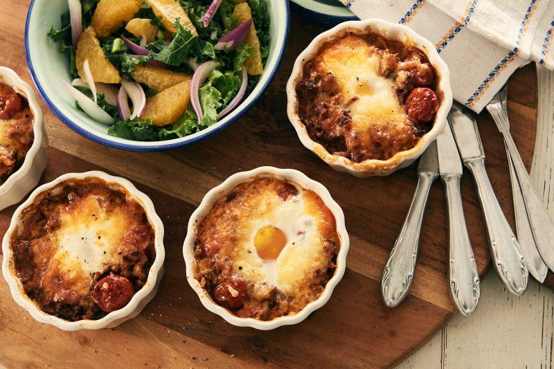 recept köttfärspanna med ägg och vintersallad