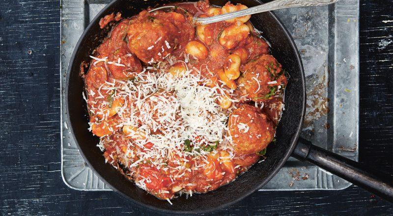 Stora köttbullar i tomatsås av Lisa Lemke